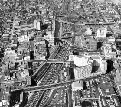 Traffic on the Harbor Freeway, I-110, July 24, 1958.
